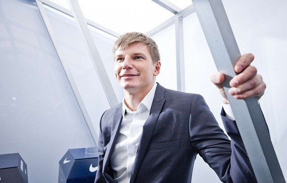 Andrei Arshavin is back at Zenit!