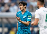 "Sardar Azmoun: ""My job is to play football, so I can't say anything about the decisions"""