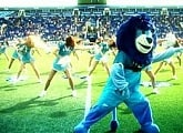The Soul Sisters cheerleaders get Petrovsky rocking
