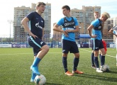 Photos of Andrey Arshavin training with the Gazprom Academy U17s