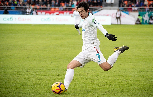 Sardar Azmoun is voted the RPL Player of the Week
