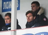 Andre Villas-Boas visits Zenit youth team match