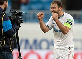 "Branislav Ivanovic: ""The Lyon match will tell if we continue playing in the Champions League"""